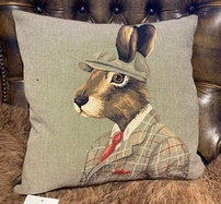 Sir Rabbit 45 x 45